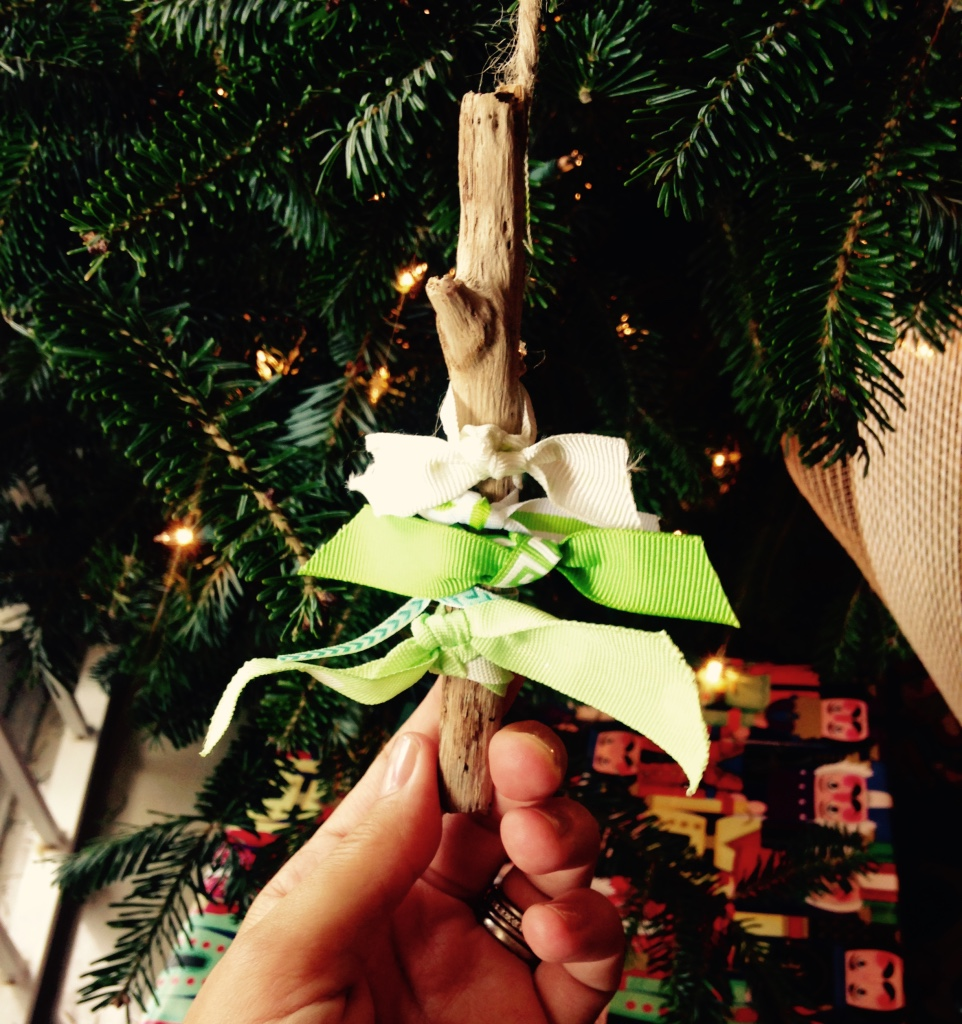 ribbon-scrap-christmas-tree